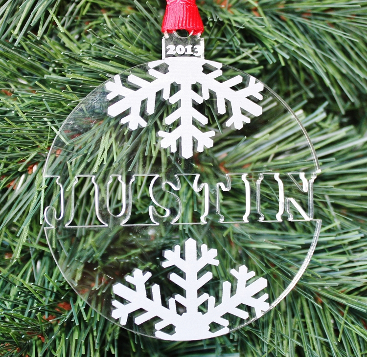 Christmas Decorations With Names On Them: Engraved Christmas Ornament