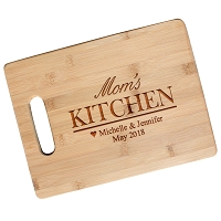 Engraved Bamboo Cutting Board - Mom's Kitchen